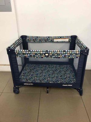 Graco pack and play for Sale in Fort Lauderdale, FL