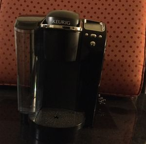 Keurig B70 Platinum K-Cup Coffee Maker Black And Silver for Sale in Forest Heights, MD