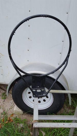 Basketball hoop for Sale in Lake Wales, FL