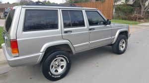 2000 jeep cherokee 4x4 for Sale in Houston, TX