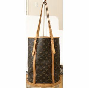 Authentic Louis Vuitton Monogram Bucket GM Shoulder Tote Bag for Sale in West Covina, CA