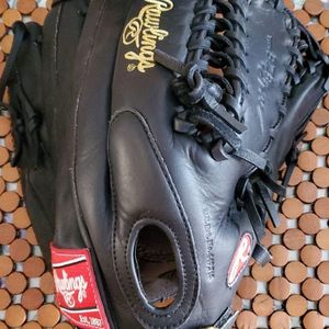 Rawlings Gold Glove 12.75 Outfield Glove for Sale in Virginia Beach, VA