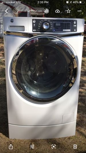 GE washer free -message for pick up info. Balance ring needs to be replaced. for Sale in Dallas, TX