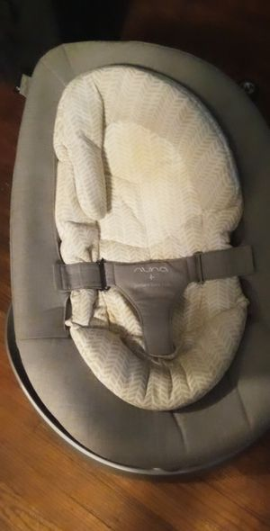 Nuna baby chair for Sale in Dallas, TX