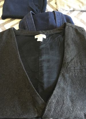 Boys vest and sweaters bundle for Sale in Elk Grove, CA