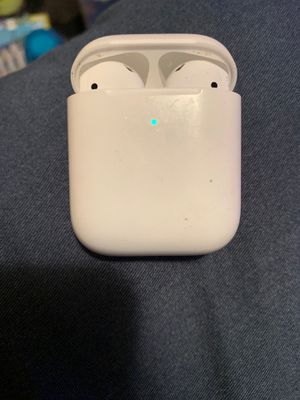 Apple earbuds for Sale in Lompoc, CA