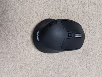 Logitech Wireless Mouse for Sale in Eau Claire,  WI