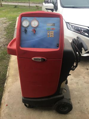 Matco tools air conditioning recharge machine for Sale in Madera, CA