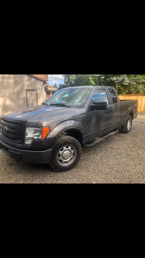 Ford F150 XL 2011 for Sale in Woodburn, OR