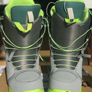 Burton Moto Snowboard boots Men's Size 9 for Sale in Kirkland, WA