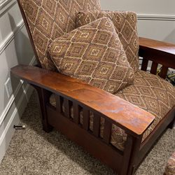Beautiful Mission Style Lodge Chair With Matching Ottoman for Sale in Maple Valley,  WA