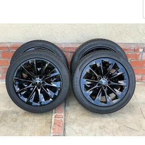 "19"" Tesla Model S Slipstream Factory OEM Black Wheels Rims Tires Gloss Black for Sale in Long Beach, CA"