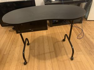 Nail tech table for Sale in Fort Worth, TX