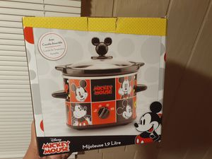 Mickey Mouse slow cooker for Sale in Endicott, NY