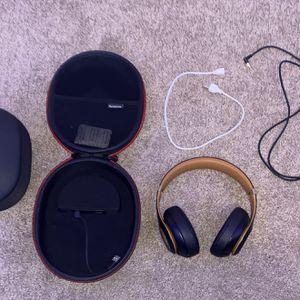 Beats studio 3 wireless for Sale in Carlsbad, CA