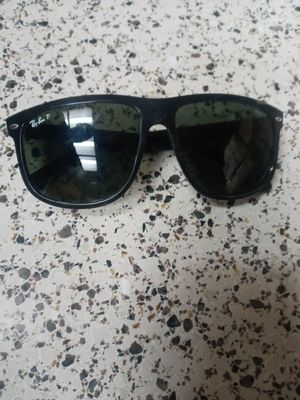 RAYBANDS SUNGLASSES for Sale in Vacaville, CA