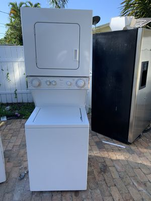 Whirlpool washer dryer for Sale in Lake Worth, FL