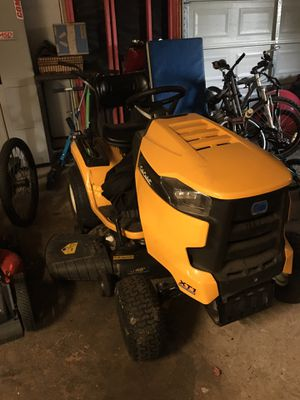 Riding tractor 42 in xt1 for Sale in Pasadena, TX