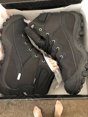 Brand new Men's hiking boots for Sale in Winter Haven, FL