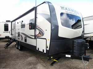 Better than new 2020 Forest River Rockwood travel trailer for Sale in Alpine, CA
