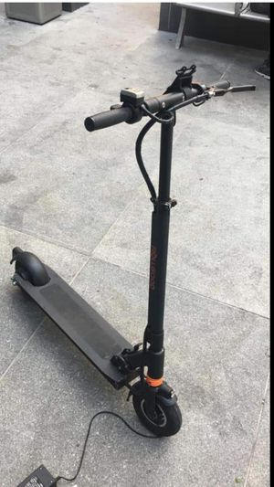 Roll Good Electric Scooter Need Gone! for Sale in New York, NY