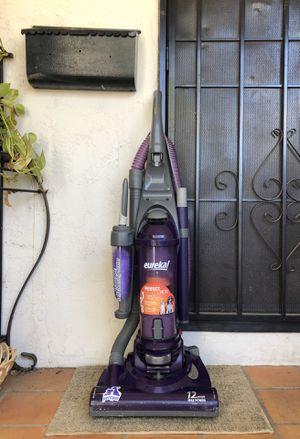Eureka Pet Pal Vacuum Cleaner w/ attachment for Sale in El Cajon, CA