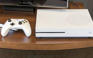 Xbox One S w/ controller for Sale in Dunwoody, GA