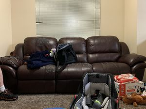 FREE POWER RECLINER COUCH for Sale in Renton, WA