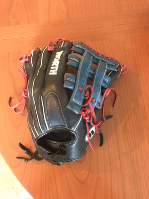 Worth Extreme Softball Glove for Sale in Austin, TX