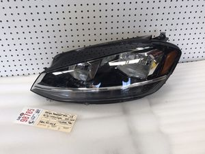 2018 2019 2020 VOLKSWAGEN GOLF GTI LEFT SIDE HEADLIGHT OEM for Sale in Lynwood, CA