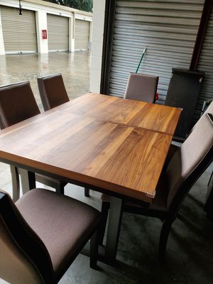 Dinning table for Sale in Orlando, FL