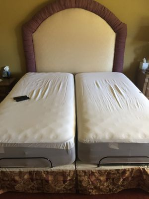 Mattress (Serta adjustable king bed) for Sale in Chula Vista, CA