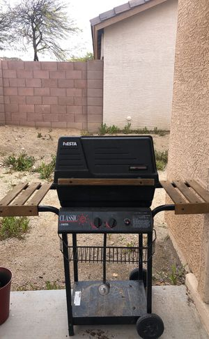 Gas and charcoal grill for Sale in Payson, AZ