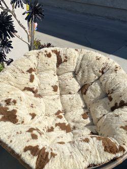 Cow Print Papasan Chair for Sale in Bellflower,  CA