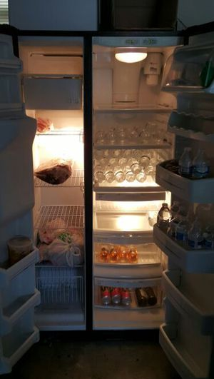 GE fridge/freezer for Sale in Annandale, VA