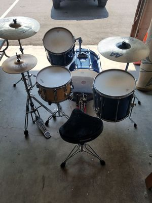 Vintage Pearl Drum Set BLX model All Birch Shell Drum Kit with Hardware Included for Sale in Denver, CO