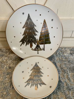Better Homes & Gardens Christmas Gold & Silver Tree Plates for Sale in Wichita, KS