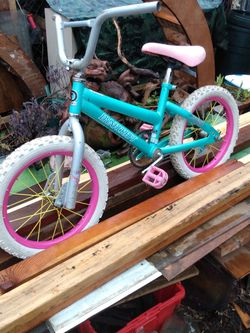 Girls Bike for Sale in Portland,  OR