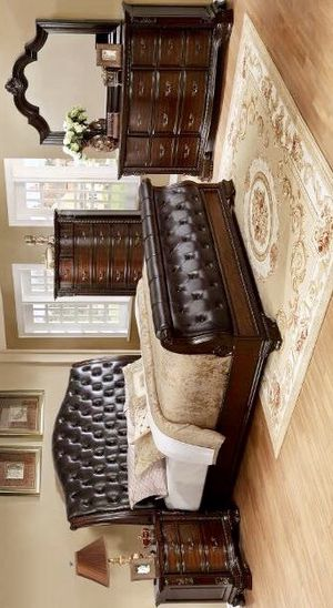FREE DELIVERY 🚚 Sheffield Sleigh Bedroom Set with FREE CHEST&QUEEN BED, DRESSER, NIGHTSTAND, CHEST, MİROR for Sale in Houston, TX