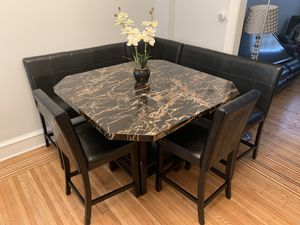 6 piece dining room corner booth table set; Originally $890 for Sale in Philadelphia, PA