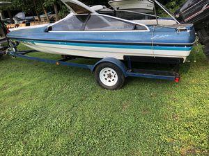 89 bayliner bad motor tittle for boat and trailer for Sale in Woodbridge, VA