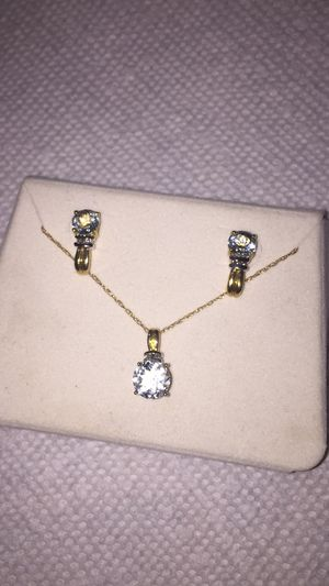 10k yellow gold aquamarine and diamonds earrings and necklace set for Sale in Taylorsville, UT