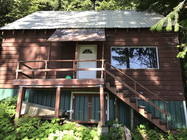 Snoqualmie Pass Cabin for sale