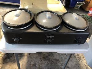 Westbend crock pot for Sale in Fresno, CA