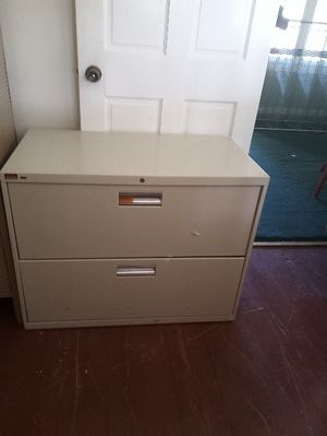 Filing cabinet - no key for Sale in Fort Pierce, FL