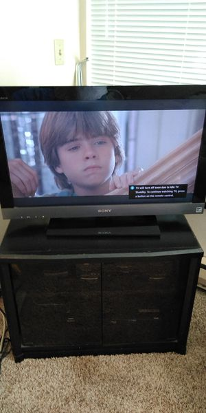 Tv set and extras 60 for Sale in Ruston, WA