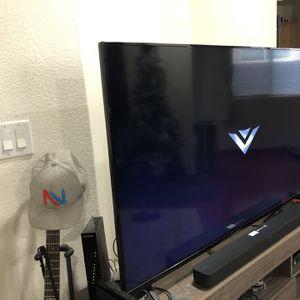 "60""VIZIO Class 1080p LED 480Hz Clear Action Smart HD TV E65-C3 for Sale in Sloan, NV"