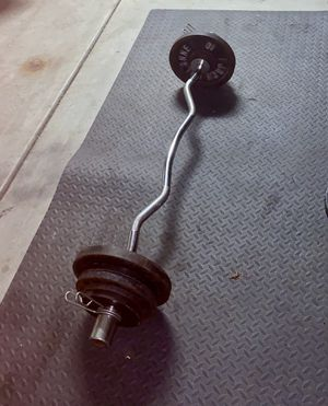 E Z CURL OLYMPIC BAR AND WEIGHTS 2x10lbs/4x5lbs/4x2.5lbs!!!!! for Sale in Chula Vista, CA