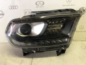 2014 2015 2016 Dodge Durango RIGHT passenger halogen headlight 68188730AD OEM for Sale in Anaheim, CA