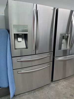 SAMSUNG REFRIGERATOR 4 DOOR for Sale in Houston, TX